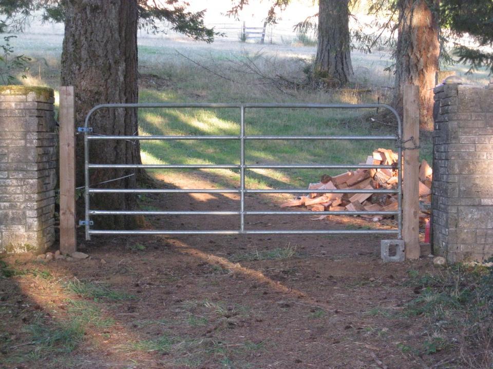 Gates Gallery Farm Amp Ranch Field Fencing